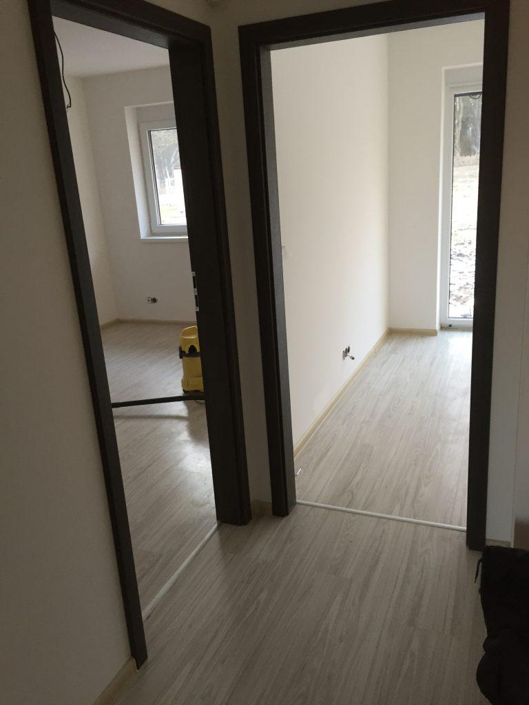 Obložkové zárubne, podlaha